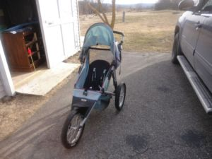 My new to me jogging stroller