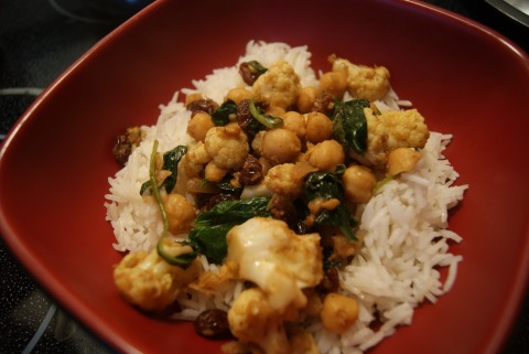 Curried Cauliflower with Chickpeas {vegan}