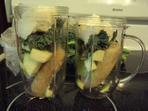 Kale smoothie for 2!