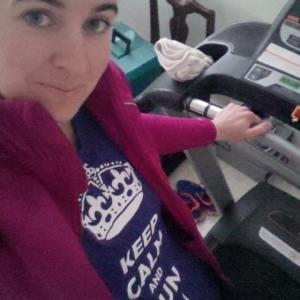 Pre run treadmill selfie